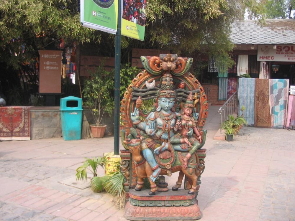 Dilli Haat & Sarojini Nagar Market (3/6)
