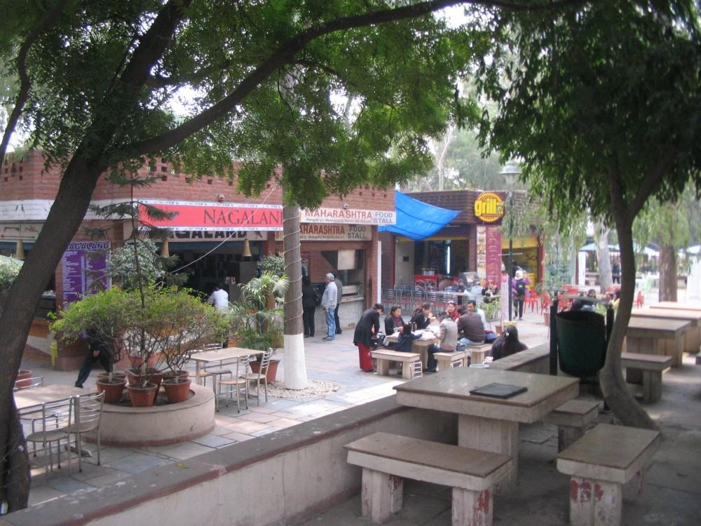 Dilli Haat & Sarojini Nagar Market (4/6)
