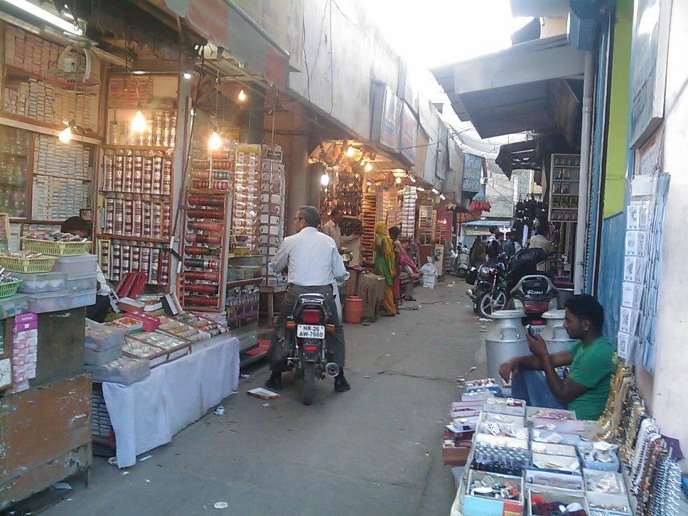Sadar Bazar, Gurgaon (2/2)
