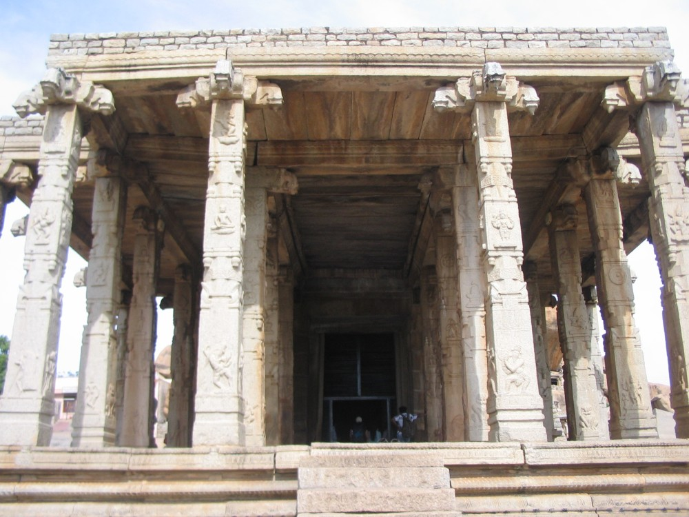 Mantralayam & Hampi - Day II - Part 1 (3/6)