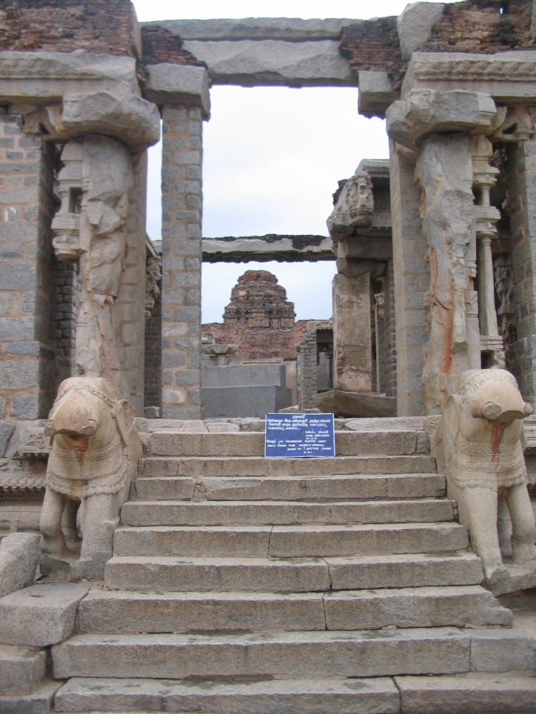 Mantralaya & Hampi – Day II – Part 3 (3/6)